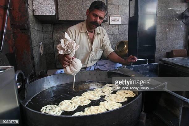 Jalebi being made in Old Famous Jalebi Wala shop at Chandni Chowk