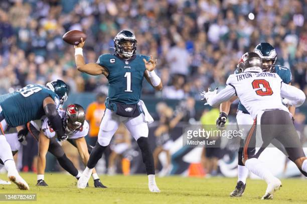 Jalen Hurts of the Philadelphia Eagles looks passes the ball against the Tampa Bay Buccaneers at Lincoln Financial Field on October 14, 2021 in...