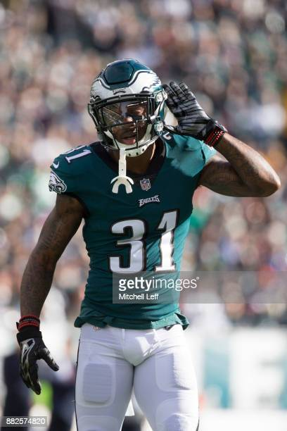 Jalen Mills of the Philadelphia Eagles reacts against the Chicago Bears at Lincoln Financial Field on November 26 2017 in Philadelphia Pennsylvania
