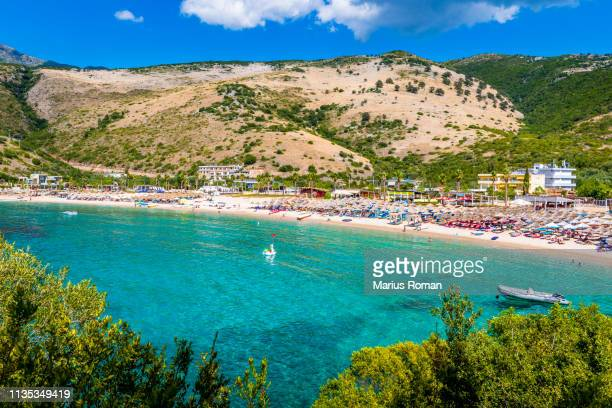 jali (jalë) beach, vlore, ionian sea, albania, balkans, europe. - albanië stockfoto's en -beelden