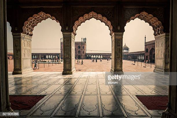 jama masjid delhi india - old delhi stock pictures, royalty-free photos & images