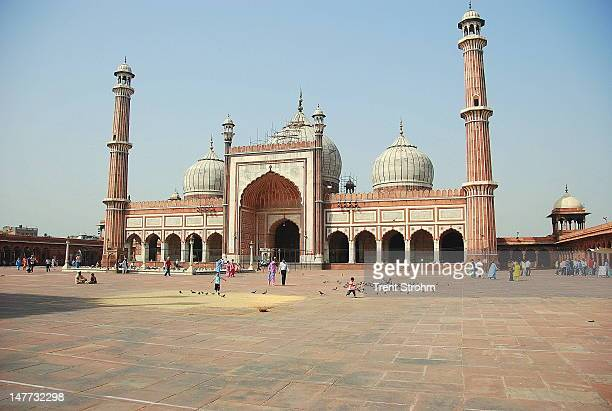 jama masjid mosque in new delhi - jama masjid delhi stock pictures, royalty-free photos & images