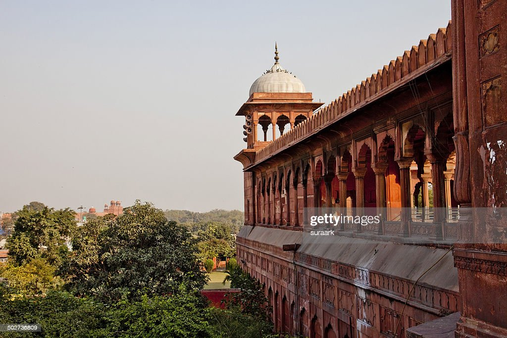 Jama Masjid with Red Fort in the distant : Stock Photo