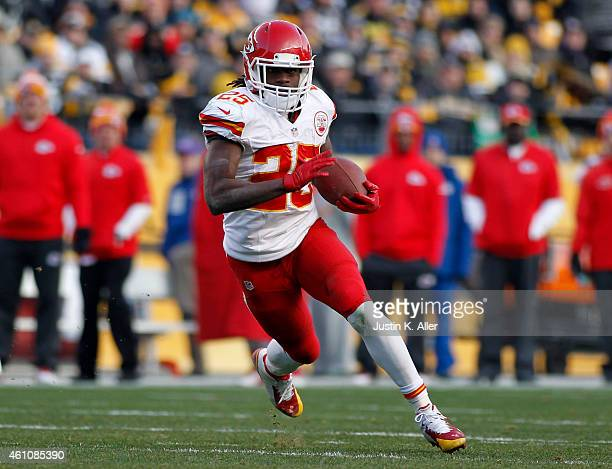Jamaal Charles of the Kansas City Chiefs plays against the Pittsburgh Steelers on December 21, 2014 at Heinz Field in Pittsburgh, Pennsylvania.
