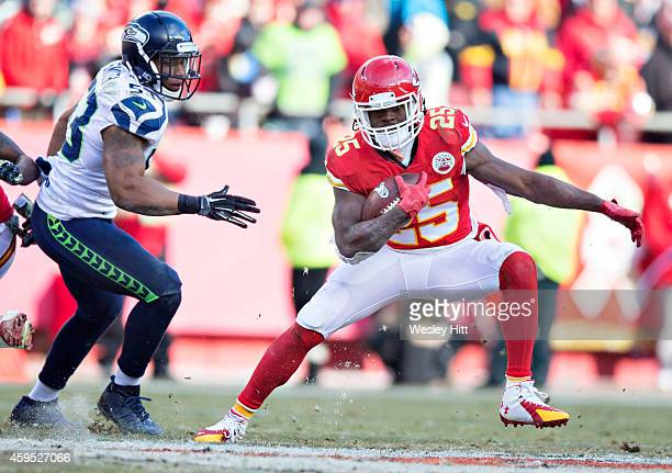 Jamaal Charles of the Kansas City Chiefs runs the ball in the fourth quarter of a game against the Seattle Seahawks at Arrowhead Stadium on November...