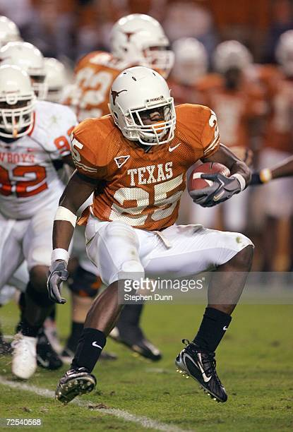 Jamaal Charles of the Texas Longhorns carries the ball during the game against the Oklahoma State Cowboys on November 4 2006 at Texas Memorial...