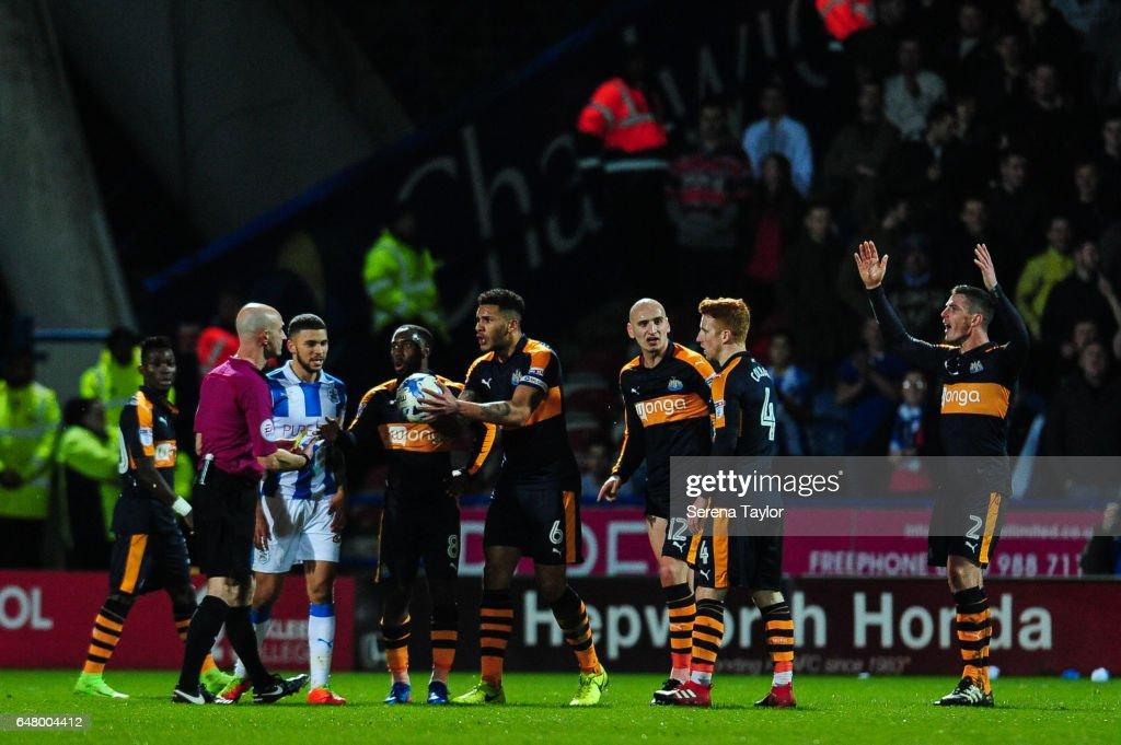 Huddersfield Town v Newcastle United - Sky Bet Championship : News Photo