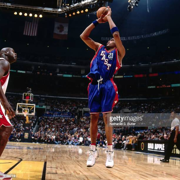 Jamaal Magloire of the Eastern Conference AllStars shoots against the Western Conference AllStars during the 2004 AllStar Game on February 15 2004 at...