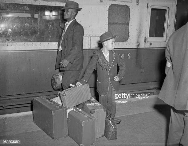 Jamaican emigrants arriving at Waterloo Station 22nd September 1954 A train load of hopes reached London when nearly 700 Jamaicans arrived In search...