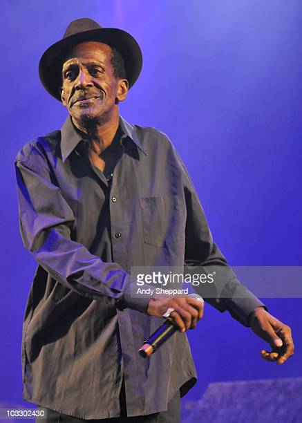 Jamaican Reggae singer Gregory Isaacs performs on stage during the final day of The Big Chill Festival 2010 at Eastnor Castle Deer Park on August 8...