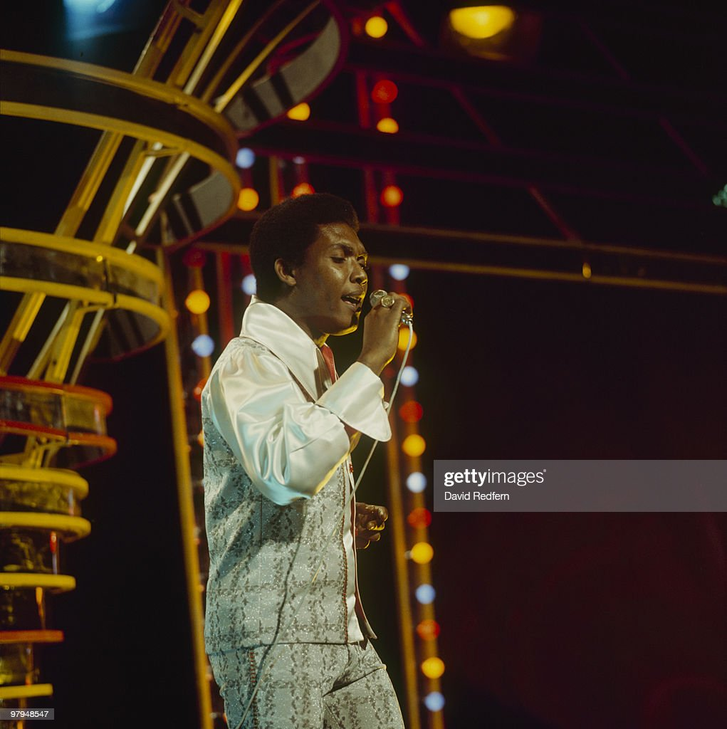 Jamaican singer Ken Boothe performs on the BBC television show 'Top of the Pops' in November 1974.