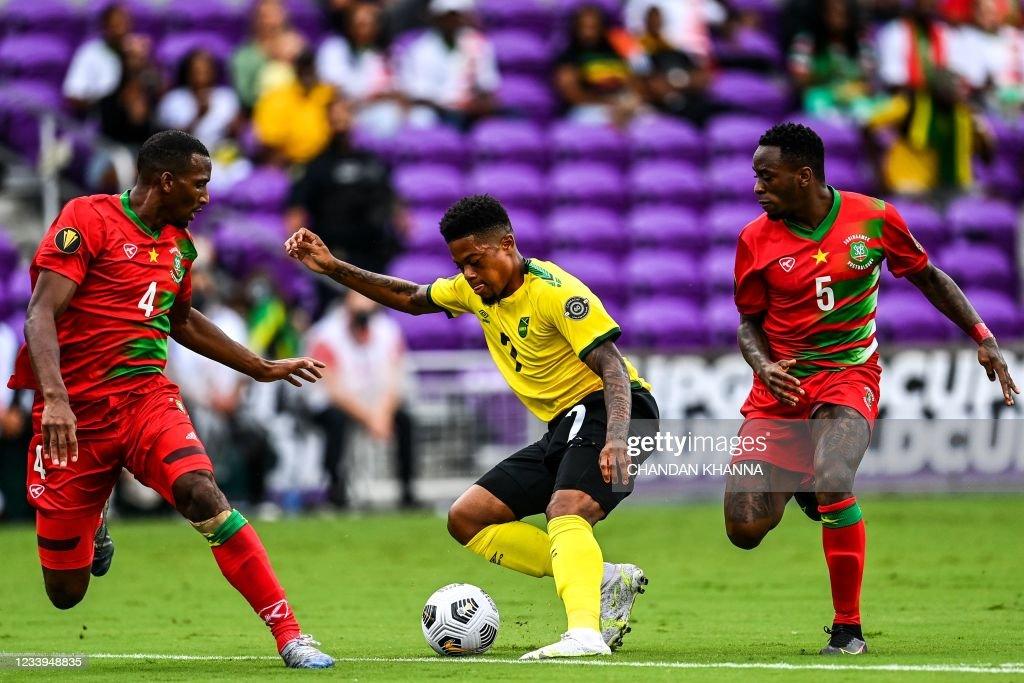 FBL-CONCACAF-GOLD-JAM-SUR : News Photo