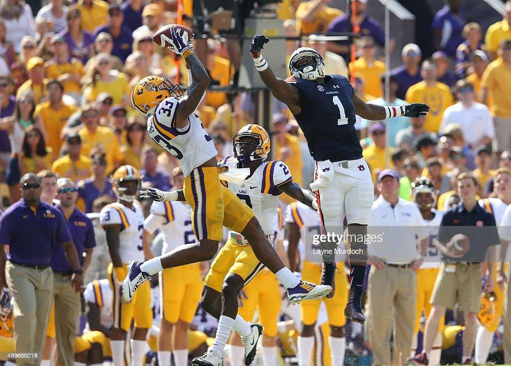Louisiana State v Auburn : News Photo