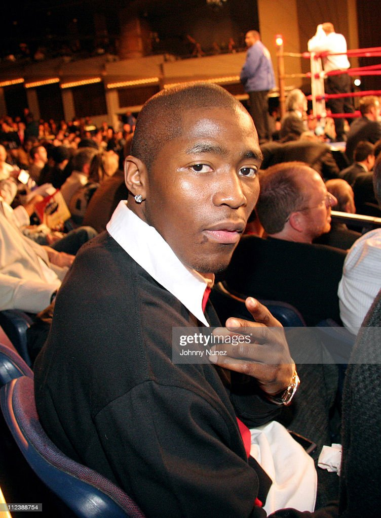 Jamal Crawford during Celebrities Attend the Zab Judah vs Carlos Baldomir Boxing Match - January 7, 2006 at Madison Square Garden in New York, New York, United States.