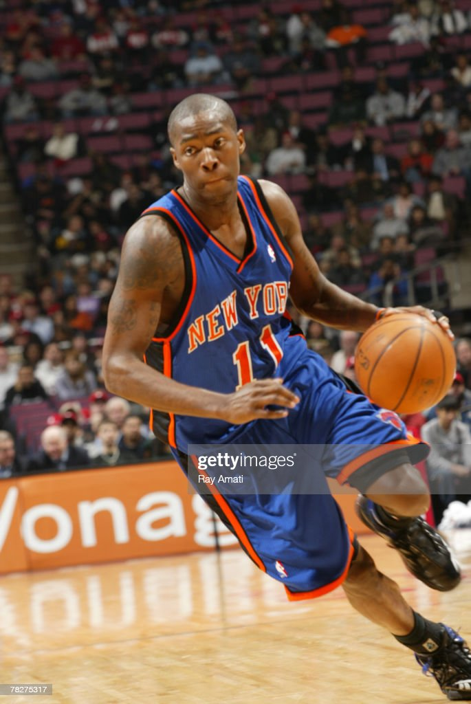 free shipping 14542 2bb8e Jamal Crawford of the New York Knicks drives to the basket ...