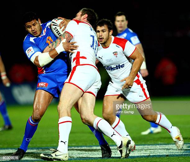 Sam Whitelock Breaks A Tackle: Jamal Fakir Stock Photos And Pictures