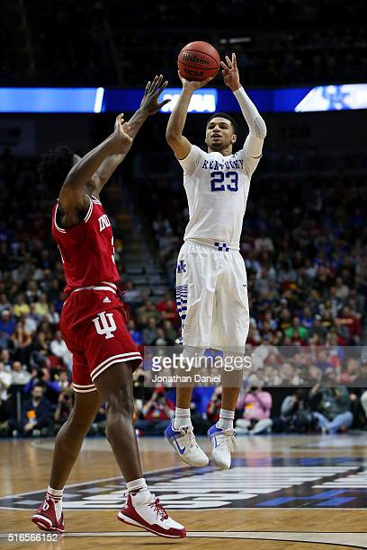 Jamal Murray of the Kentucky Wildcats shoots for three points over OG Anunoby of the Indiana Hoosiers in the second half during the second round of...