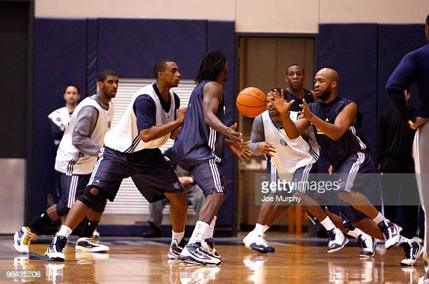 Jamal Tinsley of the Memphis Grizzlies passes the ball during a team practice on February 4 2010 at FedExForum in Memphis Tennessee NOTE TO USER User...
