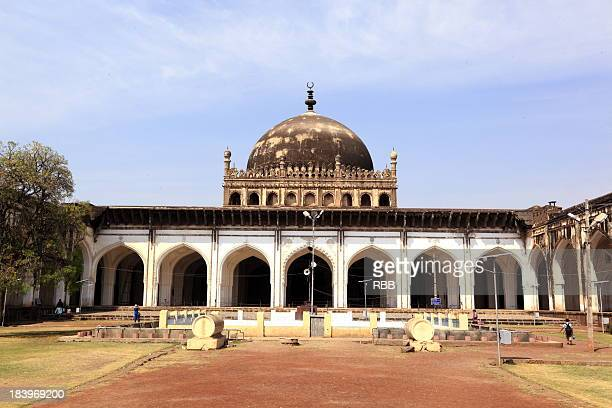 jama-masjid bijapur - agra jama masjid mosque stock pictures, royalty-free photos & images