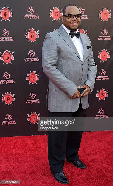 Jamar Jakes arrives for the 35th Anniversary Celebration for Bishop Thomas Dexter 'TD' Jakes Sr at the ATT Performing Arts Center on June 8 2012 in...