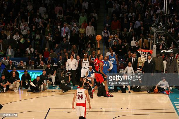 Jamario Moon of the Toronto Raptors dunks during the Sprite Slam Dunk Contest part of 2008 NBA AllStar Weekend at the New Orleans Arena on February...