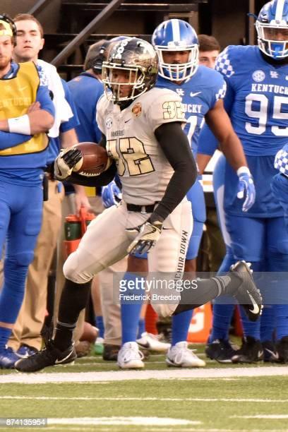 Jamauri Wakefield of the Vanderbilt Commodores plays against the Kentucky Wildcats at Vanderbilt Stadium on November 11 2017 in Nashville Tennessee