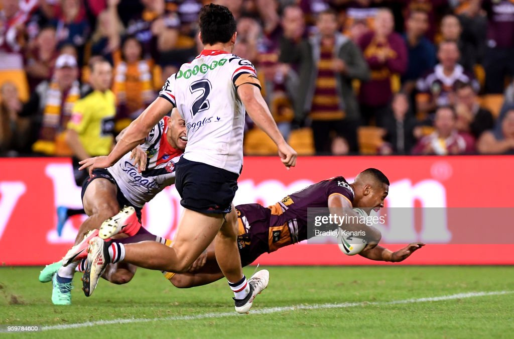 Jamayne Isaako of the Broncos scores the match winning try during the round 11 NRL match between the Brisbane Broncos and the Sydney Roosters at Suncorp Stadium on May 18, 2018 in Brisbane, Australia.