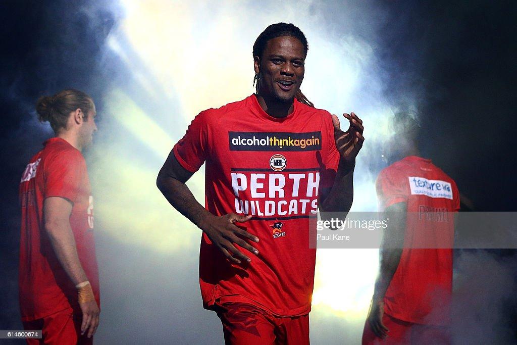 NBL Rd 2 - Perth v New Zealand : News Photo
