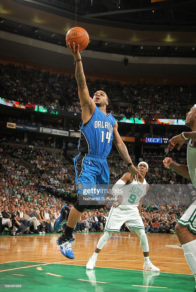 Jameer Nelson #14 of the Orlando Magic shoots against the Boston Celtics in Game Four of the Eastern Conference Finals during the 2010 NBA Playoffs on May 24, 2010 at the TD Garden in Boston, Massachusetts.