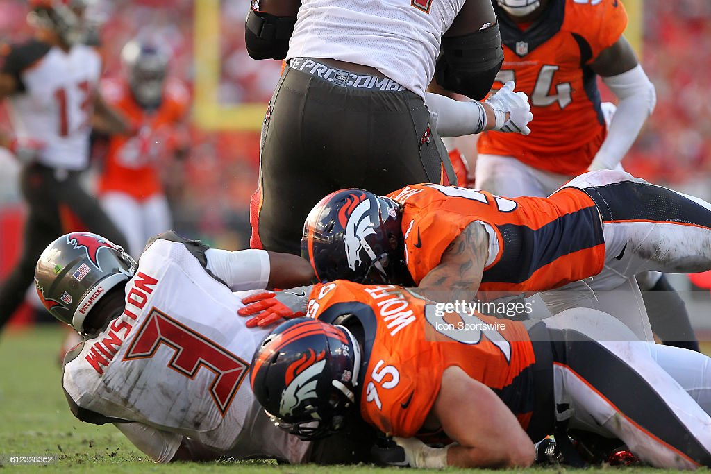 NFL: OCT 02 Broncos at Buccaneers : News Photo