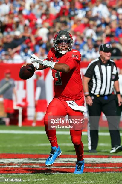 Jameis Winston of the Bucs rolls out to find an open receiver during the regular season game between the Indianapolis Colts and the Tampa Bay...