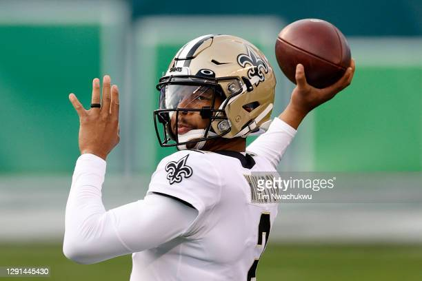 Jameis Winston of the New Orleans Saints warms up prior to taking on the New Orleans Saints at Lincoln Financial Field on December 13, 2020 in...
