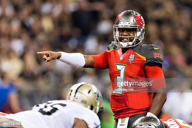 Jameis Winston of the Tampa Bay Buccaneers points at the line of scrimmage during a game against the New Orleans Saints at MercedesBenz Superdome on...