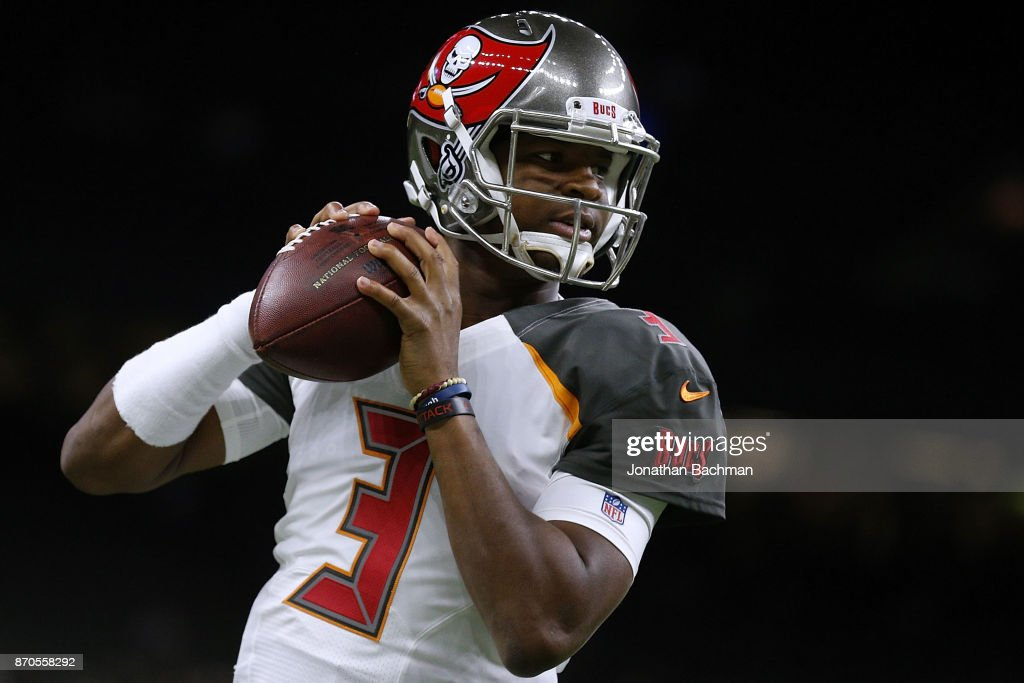 Jameis Winston #3 of the Tampa Bay Buccaneers warms up before a game against the New Orleans Saints at Mercedes-Benz Superdome on November 5, 2017 in New Orleans, Louisiana.