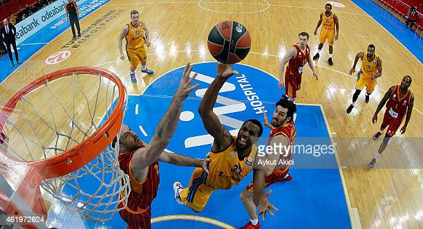Jamel McLean #33 of Alba Berlin in action during the Euroleague Basketball Top 16 Date 4 game between Galatasaray Liv Hospital Istanbul v Alba Berlin...