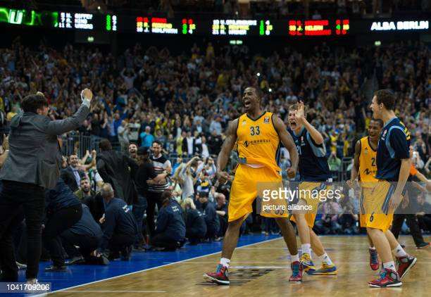Jamel McLean Moritz Wagner Alex Renfroe and Jonas WohlfarthBottermann of Alba Berlin react during the NBA Global Games match between Alba Berlin and...