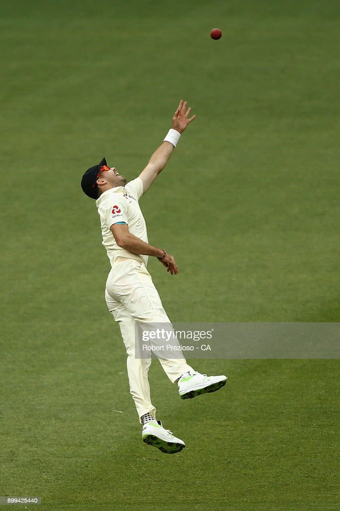 James Anderson of England attempts to take a catch during day four of the Fourth Test Match in the 2017/18 Ashes series between Australia and England at Melbourne Cricket Ground on December 29, 2017 in Melbourne, Australia.