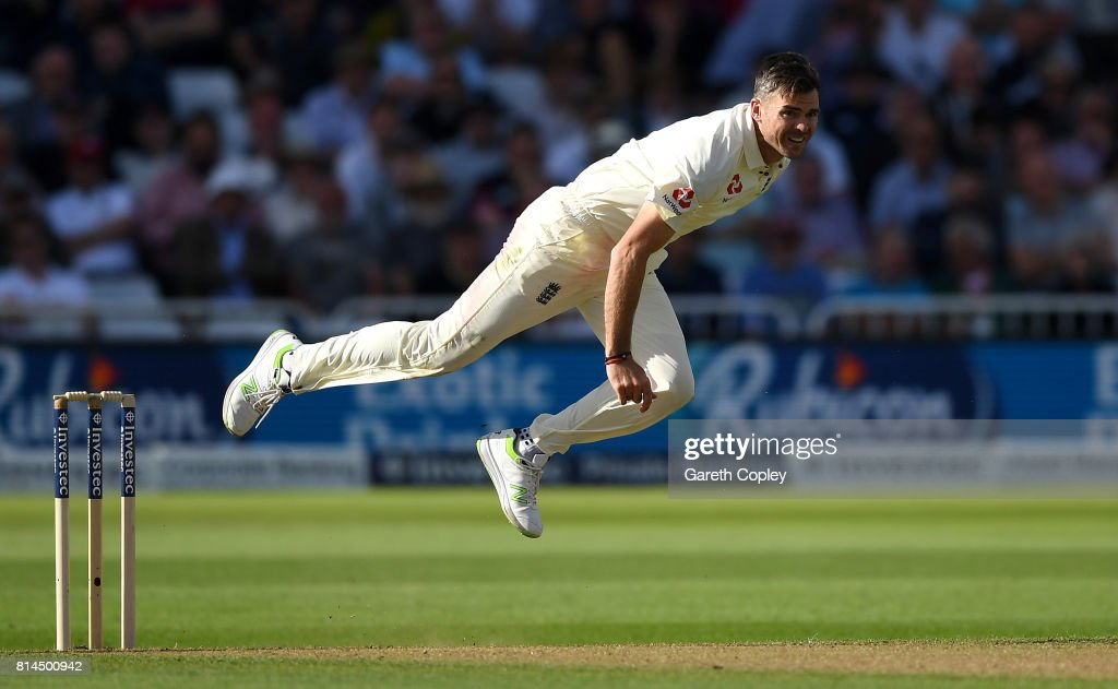 England v South Africa - 2nd Investec Test: Day One : News Photo