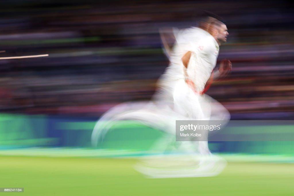 Australia v England - Second Test: Day 3 : News Photo