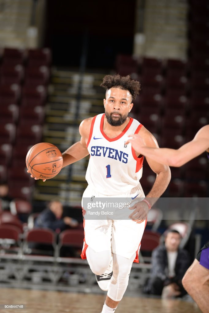 James Blackmon Jr. #1 of the Delaware 87ers dribbles the ball during NBA G League Showcase Game 26 between the Reno Bighorns and the Delaware 87ers on January 13, 2018 at the Hershey Centre in Mississauga, Ontario Canada.