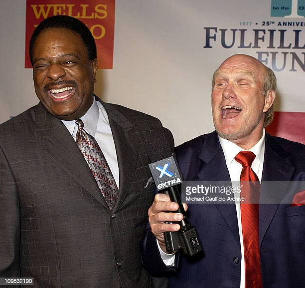 James Brown and Terry Bradshaw during Fulfillment Fund Celebrates 25th Anniversary with Stars 2002 Benefit Gala Honoring Sheri Les Biller and Megan...