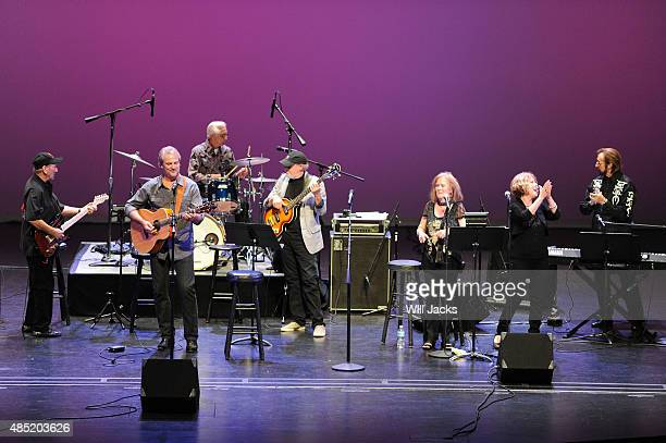 James Burton Andy Childs Gene Chrisman Norbert Putnam Mary Ann Holladay Ginger Holladay and Bobby Wood perform at the event A Band of Lengends...
