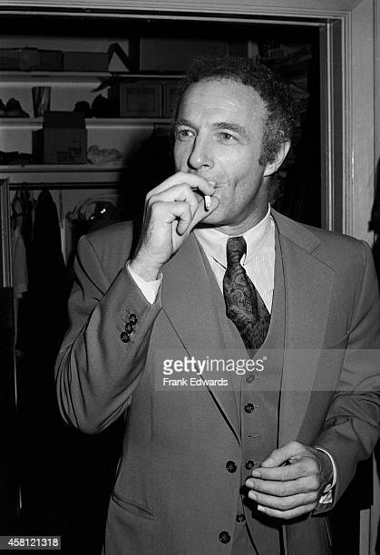 James Caan smokes a cigarette before seeing the play 'Come Blow Your Horn' at Hollywood's Huntington Hartford Theatre in October 1981 in Los Angeles...