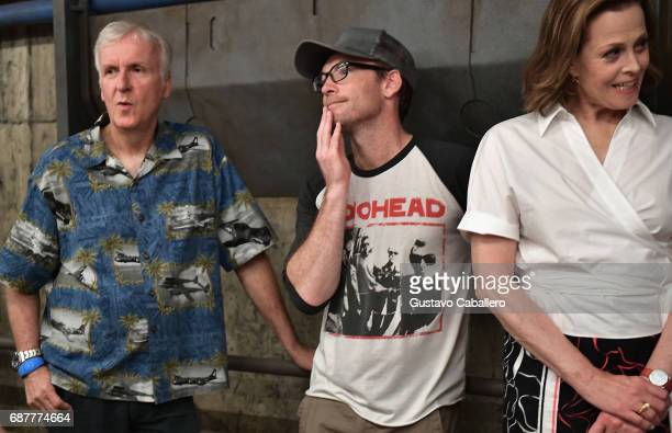 James CameronSam Worthington and Sigourney Weaver attends the Pandora The World Of Avatar Dedication at the Disney Animal Kingdom on May 24 2017 in...