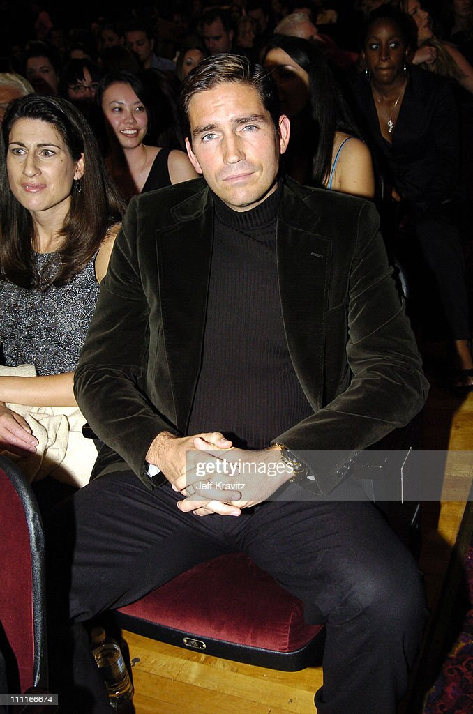 VH1 Big in '04 - Backstage and Audience : News Photo