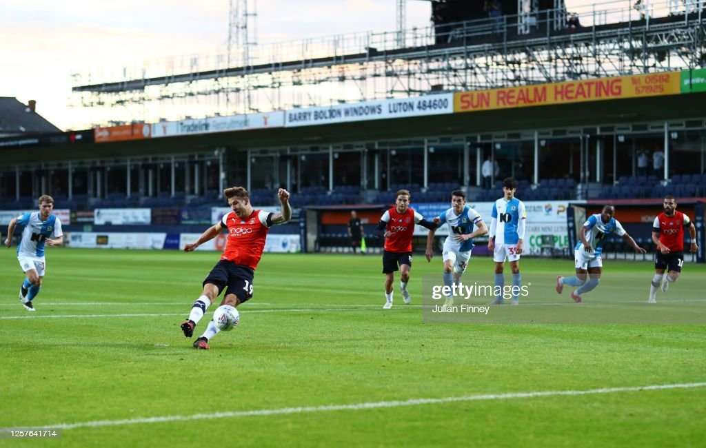 Luton Town v Blackburn Rovers - Sky Bet Championship : News Photo