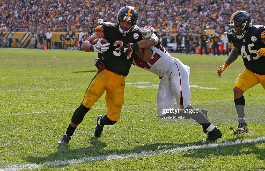 Atlanta Falcons v Pittsburgh Steelers : News Photo