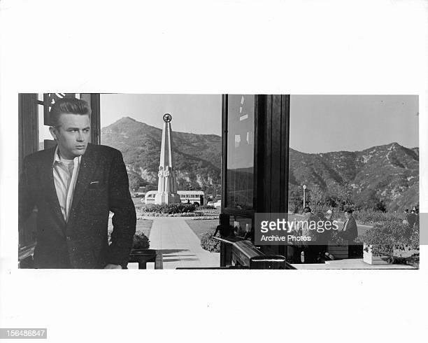 James Dean visits the Griffith Park Observatory during a break from shooting the film 'Rebel Without A Cause' 1955