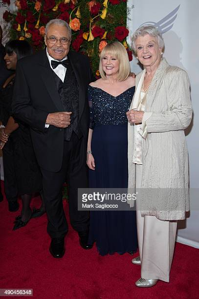 James Earl Jones Cecilia Hart and Angela Lansbury attend the 2015 American Theatre Wing's Gala at The Plaza Hotel on September 28 2015 in New York...