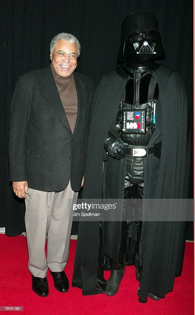 """""""Star Wars: Episode II - Attack of the Clones"""" Charity Premiere - New York : Fotografía de noticias"""